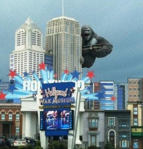 Cosy up to your favorite moviestar legends at the Hollywood Wax Museum on the Parkway in Pigeon Forge