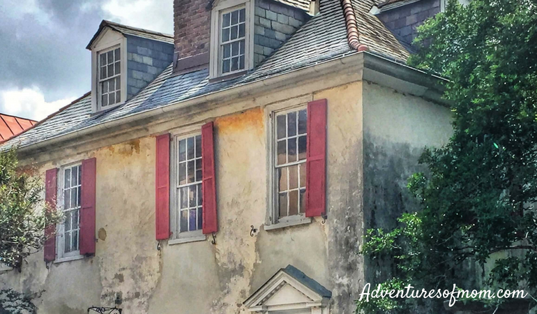 The Pirate House is real! Exploring Charleston with Kids